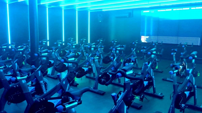 Stages spin studio for North London sports centre